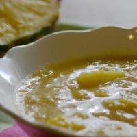 Linsensuppe mit Ananas