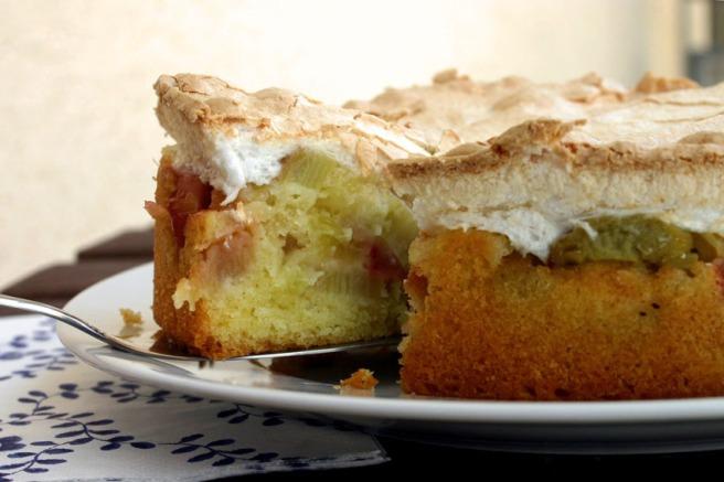 rhabarberkuchen mit baiser
