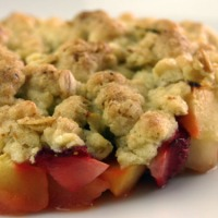 Strawberry-Apple-Crumble