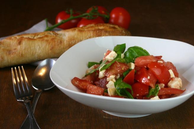 wassermelone-tomaten-salat