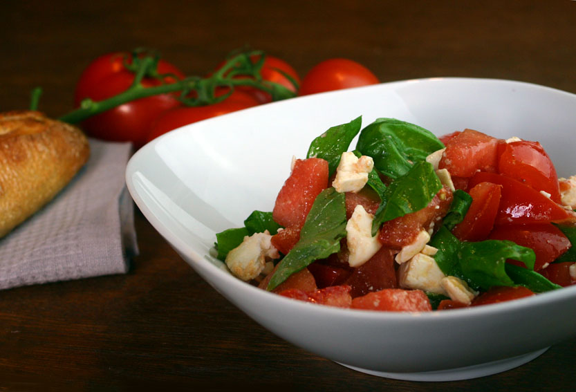wassermelone tomaten salat vegetarische und vegane rezepte. Black Bedroom Furniture Sets. Home Design Ideas