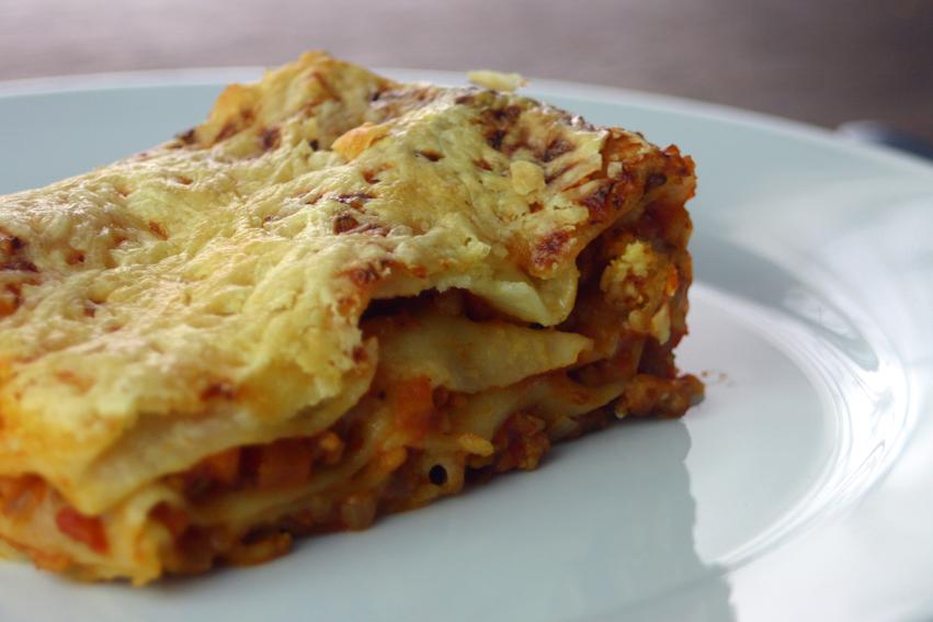 vegetarische bolognese lasagne lieblingsmahl. Black Bedroom Furniture Sets. Home Design Ideas
