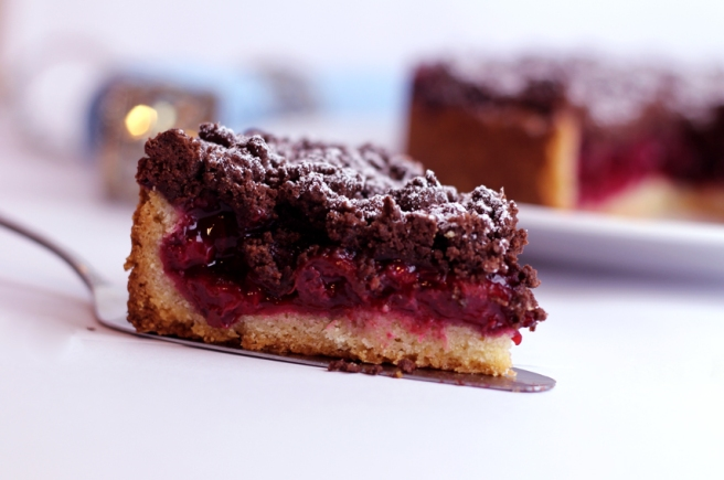 Himbeer-Kirsch-Streuselkuchen