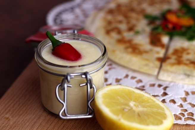Quesadilla mit Ananasdip