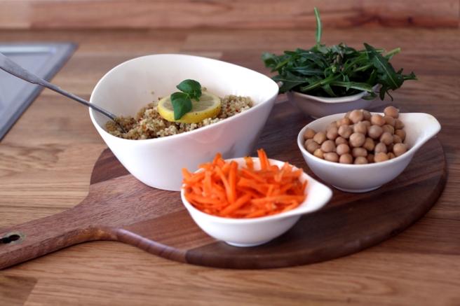 vegan Lunchbox zum Mitnehmen – Couscous-Kichererbsen-Salat
