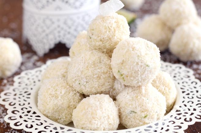 Vegane Limette-Kokoskugeln